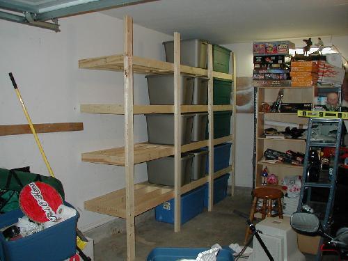 Garage Shelves for Rubbermaid Tubs « RobOHara.com